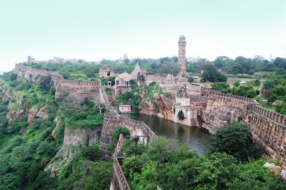 Rajasthan Destinations, Crowded Places in Rajasthan – Royal Adventure Tours